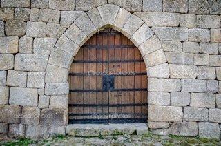 castle gate 4